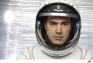 Defying-gravity-ron-livingston